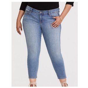 Torrid Ankle Skinny Light Wash Jeans Size 12
